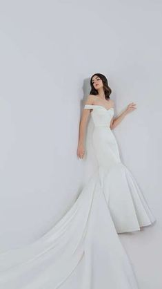 Jude Jowilson 2018 Bridal Dresses: Classic Designs With A Modern Twist Image: 16