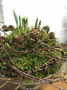 Deko-Objekte - ~Frühlingsdeko mit Schneeglöckchen~ Natürlich~ - ein Designerstück von cottagegarden24 bei DaWanda