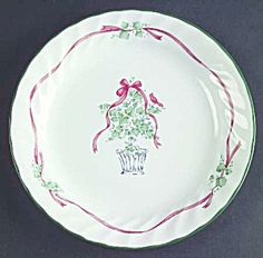 Corelle Callaway Ivy Holiday Christmas Dinner Plates - I have a very large set of this & Corelle Pretty Pink Mugs | Dinnerware Replacements | Pinterest ...