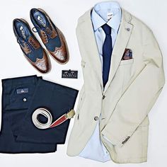 the latest trends in mens fashion and mens clothing styles Men's Business Outfits, Business Fashion, Business Casual, Gents Fashion, Look Fashion, Moda Casual, Outfit Grid, Gentleman Style, Mens Clothing Styles