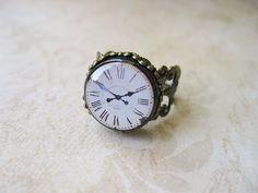 antique clock ring, please.