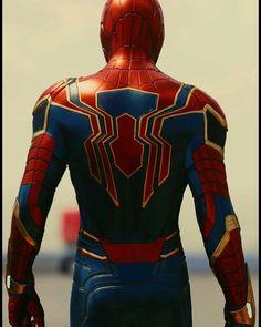 Spiderman Suits, Spiderman Costume, Spiderman Art, Amazing Spiderman, Marvel Heroes, Marvel Avengers, Marvel Comics, Iron Spider Suit, Marvel Phone Wallpaper