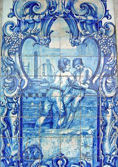 Azulejos. Not sure what is going on here LOL