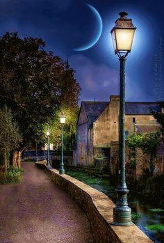 Nesta rua, nesta rua tem um bosque... que se chama que se chama solidão. - Google+