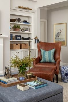 Home Interior Design And Makeover Tips – BusyAtHome Living Room Chairs, Home Living Room, Living Room Designs, Living Room Decor, Dining Chairs, Formal Living Rooms, Living Spaces, Leather Wingback Chair, Leather Chairs