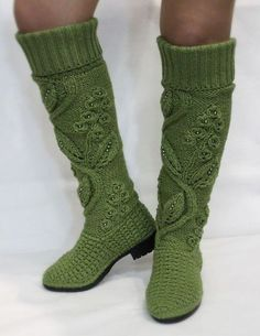 Autumn boots high knit - buy or order in an online shop on Livemaster -Boletines, leg warmers from sweatersComments in Topic Crochet Boots Pattern, Crochet Boot Socks, Crochet Slipper Boots, Knit Boots, Shoe Pattern, Crochet Slippers, Love Crochet, Diy Crochet, Knitting Socks