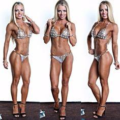 Female Form #StrongIsBeautiful #Motivation #WomenLift2 Amanda Saccomanno