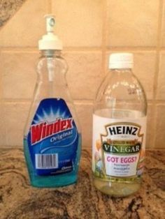 Homeowner pours white vinegar into Windex. The reason? We didn't know this!