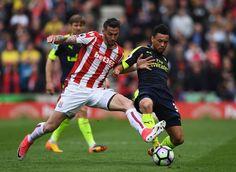 Banh 88 Trang Tổng Hợp Nhận Định & Soi Kèo Nhà Cái - Banh88.info(www.banh88.info) Kèo Nhà Cái - Nhận định Stoke City vs Arsenal 23h30 ngày 19/08: Chắc mẩm 3 điểm  Nhận định bóng đá hôm nay soi kèo trận đấu Stoke City vs Arsenal 23h30 ngày 19/08vòng2 Ngoại hạng Anh sân Bet365.  Sau chiến thắng kịch tính trước Leicester City ở vòng 1 Arsenal nhiều khả năng sẽ dễ thở hơn tại vòng 2 khi đối thủ của thầy trò Wenger chỉ là một Stoke City không quá khó nhằn. Hơn thế nữa thành tích đối đầu giữa 2…