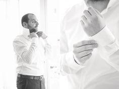 Getting ready  be a husband groom www.roseslavender.com  Hochzeitsfotografin Felbermayr   Hochzeit.click