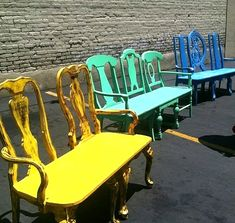 beautiful painted chairs, unusual # furniture …… that's how you want to do it… - UPCYCLING IDEAS