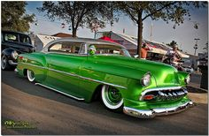 '54 Chevy...love the color