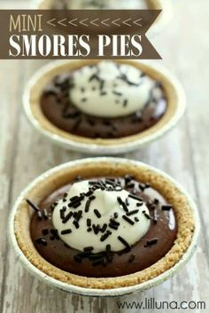 Mini smores pies instead of cupcakes!