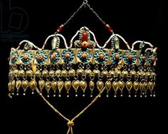 Uzbekistan | Crown of silver-gilt, coral, turquoise and glass paste from Samarkand