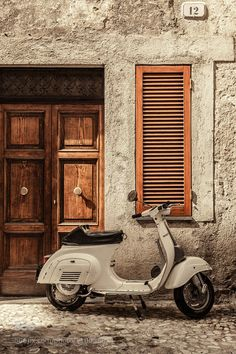 One careful owner by Trevor Middleton on -You can find Vespa scooters and more on our website.One careful owner by Trevor Middleton on - Vespa Vintage, Vespa Retro, Motos Vintage, Retro Vintage, Pink Vespa, Design Vintage, Poster Vintage, Vintage Italy, Piaggio Vespa