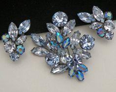 Vintage Regency Blue Rhinestone Brooch Earrings Antiqued Gun Metal Azure AB Volcano