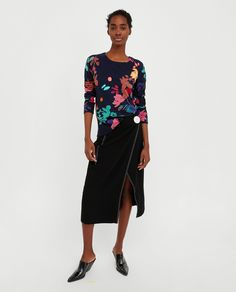 ZARA - WOMAN - RUBBERISED FLORAL PRINT SWEATER