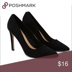 """🆕Black Pointed Faux Suede Pumps 👠 8 Content + Care - Upper: 100% Polyester  - Lining 1 & Insole: 100% Polyurethane  - Lining 2: 81% Polyester, 15% Cotton, 4% Rayon  - Outsole 1: 56% Cotton, 42% Rayon, 2% Polyester  - Outsole 2: 100% Rubber  - Made In China  Size + Fit - Heel Height: 4.25""""  - Shaft Height: 2.75"""" Forever 21 Shoes Heels"""