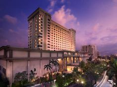 Jakarta Le Grandeur Mangga Dua Hotel Indonesia, Asia Le Grandeur Mangga Dua Hotel is perfectly located for both business and leisure guests in Jakarta. The hotel offers a wide range of amenities and perks to ensure you have a great time. Service-minded staff will welcome and guide you at the Le Grandeur Mangga Dua Hotel. Guestrooms are designed to provide an optimal level of comfort with welcoming decor and some offering convenient amenities like television LCD/plasma screen, ...