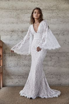 Wedding Gowns Any Pro-Vintage Bride Will Love. Wedding Dresses for Outdoor Ceremonies and Tipi Weddings wedding Wedding Gowns Any Pro-Vintage Bride Will Love Best Wedding Dresses, Boho Wedding Dress, Wedding Suits, Bridal Dresses, Wedding Gowns, Modest Wedding, Wedding Sundress, Lace Weddings, Country Weddings