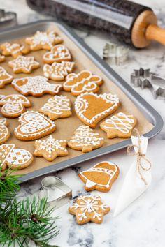Na vidličku: Měkké medové perníčky Gingerbread Cookies, Cereal, Deserts, Baking, Breakfast, Sweet, Food, Gingerbread Cupcakes, Morning Coffee