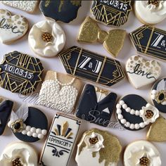 #greatgatsby themed #cookies for a #wedding  @zulainynicole #greatgatsbywedding #greatgatsbycookies #customcookies #weddingcookies #weddingfavors #thegreatgatsby #pearls #feathers #fondant #royalicing #gold #blackandgold #love #weddingdress #tux #panicciawedding #mandyssweets