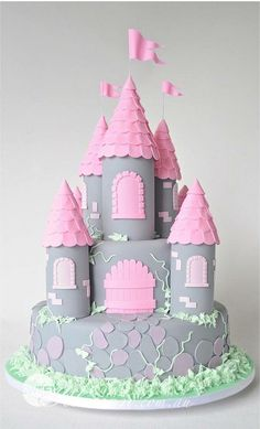 81 Best Castle Princess Cakes Images On Pinterest Conch
