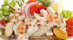 "Shellfish toast with ""skagensalat"""