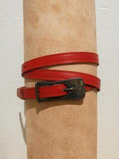 Ladies skinny leather belt deep red