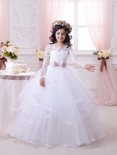 57.85$ Watch here - http://ali0q0.worldwells.pw/go.php?t=32734569525 - Appliques Long Sleeves Holy Communion Infant Girls Dresses Kids Floor Length Puffy Elegant Tulle Ball Gowns 0-12 Y Girls Dresses