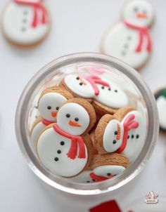 Mini Peanut Butter Snowmen Cookies