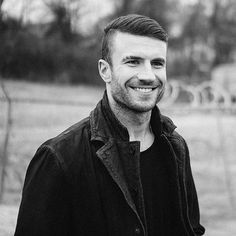 29 Sexy Sam Hunt Photos That Will Make You a Country Music Fan Honestly, these sexy Sam Hunt pictures may just turn you into a country music fan! Check out the hottest photos of the handsome singer. Sam Hunt, Country Music Stars, Country Singers, Hunt Photos, Bae, Garth Brooks, Thomas Rhett, Florida Georgia Line, Country Men