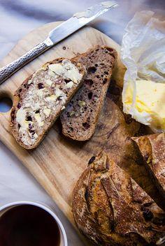 cranberry + walnut rye sourdough batard | theswirlingspoon.com