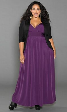 Love the colour and the fullness of the skirt, this would be great for an evening out