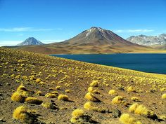 San pedro de Atacama Patagonia, Deserts Of The World, Easter Island, Scenic Photography, Mountain Landscape, Amazing Nature, Places To See, Travel Inspiration, Beautiful Places