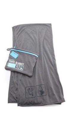 40$ Shopbop.ca (shipping gratuit) - Flight 001 Travel Blanket