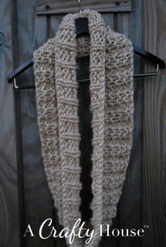 A Crafty House: Knitting and Crochet Patterns and Crafts: Easy Knit Infinity Scarf Pattern: Mid-December