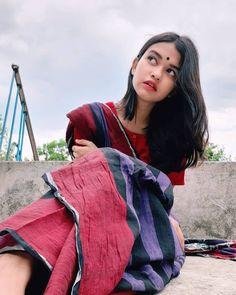 "𝖏𝖆𝖍𝖆𝖓☘︎ posted on Instagram: ""না পেয়ে তোমার দেখা একা একা দিন যে আমার কাটে না রে😌 . . . . . . . . . . . . . . . . . . . . #saree…"" • See all of @___hiya_chowdhury's photos and videos on their profile. Portrait Photography Poses, Girl Photography Poses, Cute Girl Pic, Cute Girls, Girl Pictures, Girl Photos, Saree Photoshoot, Photoshoot Ideas, Intelligent Women"