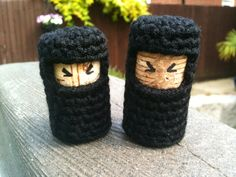 Annaboo's house: Of Knights and Ninjas  thanks @Nicole Novembrino case  I despise crocheting...but I feel the need for my own wine cork ninja...