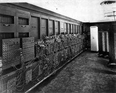 世界初のコンピューター、エニアック(1946年)