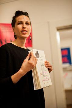 Jessica Serran presenting her manifesto (photo by Roman Birickai)