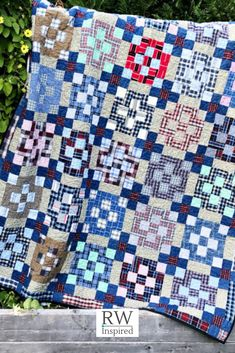 This type of photo is truly a remarkable style alternative. Beginner Quilt Patterns, Quilting For Beginners, Quilting Tutorials, Sewing For Beginners, Quilting Projects, Quilting Patterns, Craft Projects, Plaid Quilt, World Crafts