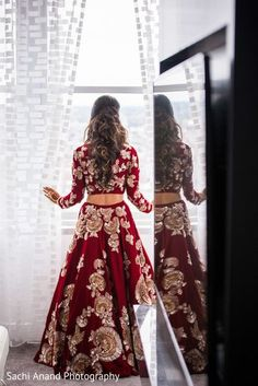 51 Ideas Indian Bridal Lehenga Red Outfit For 2019 Indian Bridal Outfits, Indian Bridal Lehenga, Indian Bridal Wear, Bridal Dresses, Red Lehenga, Bridal Lenghas, Indian Bridal Party, Bridal Anarkali Suits, Bride Indian