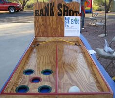Bank Shot Game: The object of this game is to get your ball to land in a red or … - Kinderspiele Backyard Party Games, Diy Yard Games, Outdoor Party Games, Diy Games, Outdoor Fun, Festival Games, Outside Games, Wood Games, Camping Games