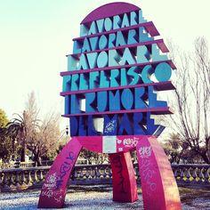 Il monumento fotografato da @vascob, leader del gruppo Le luci della centrale elettrica #Vascobrondi