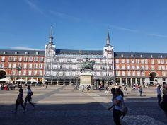 Monumentos y edificios históricos de Madrid Madrid, Villas, Louvre, Building, Travel, Temple, Monuments, Viajes, Villa