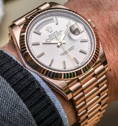 Rose Gold Rolex Day-Date with a beautiful white dial and president bracelet. Presenting the finest Men's Watches collection inspiration sharing. Best gift for men in fine suits. Rolex Oyster Perpetual, Rolex Datejust, Tag Heuer, Breitling Watches, Rolex Day Date, Swiss Army Watches, Beautiful Watches, Elegant Watches, Watches Online
