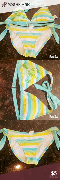 Yellow,blue, and white bikini set This swim set is gently worn, has a clasp back for the top, a humingbird and flower on the right bust, and is is good condition. The bottoms as well as top fit as a size small Swim Bikinis