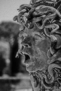 gorettmisstag: Medusa sculpture (c. 2nd century AD) at Hadrian's Villa, Tivoli, Italy