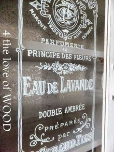 HOW I DRAW GRAPHICS ON GLASS - diy tutorial Grey Wood Furniture, Vintage Furniture, Glass Transfer, Painted Driftwood, Trumeau Mirror, Bottle Painting, Chalk Painting, Glass Printing, Old Mirrors